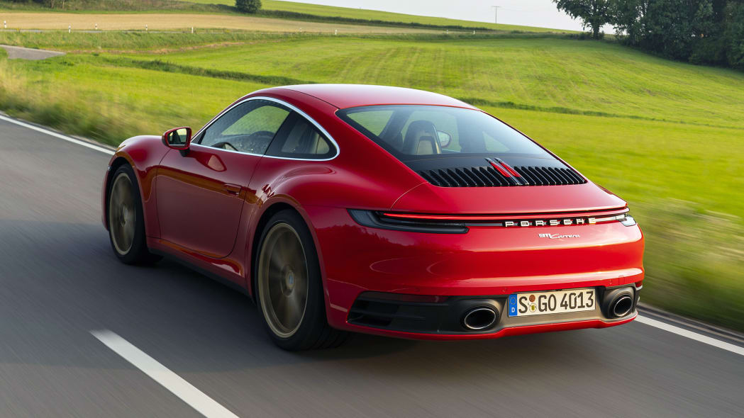 2020-porsche-911-carrera-fd-red-02