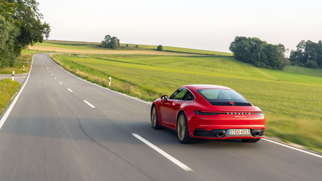 2020-porsche-911-carrera-fd-red-04