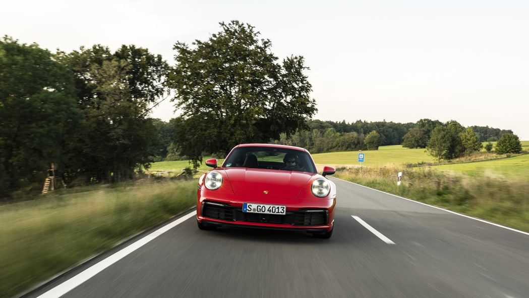 2020-porsche-911-carrera-fd-red-05