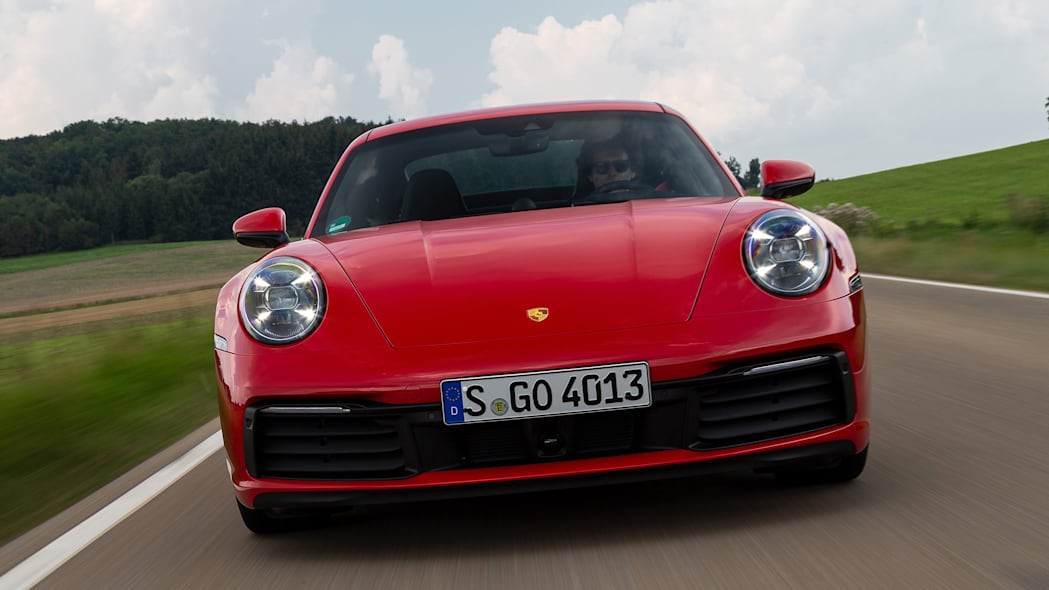 2020-porsche-911-carrera-fd-red-06