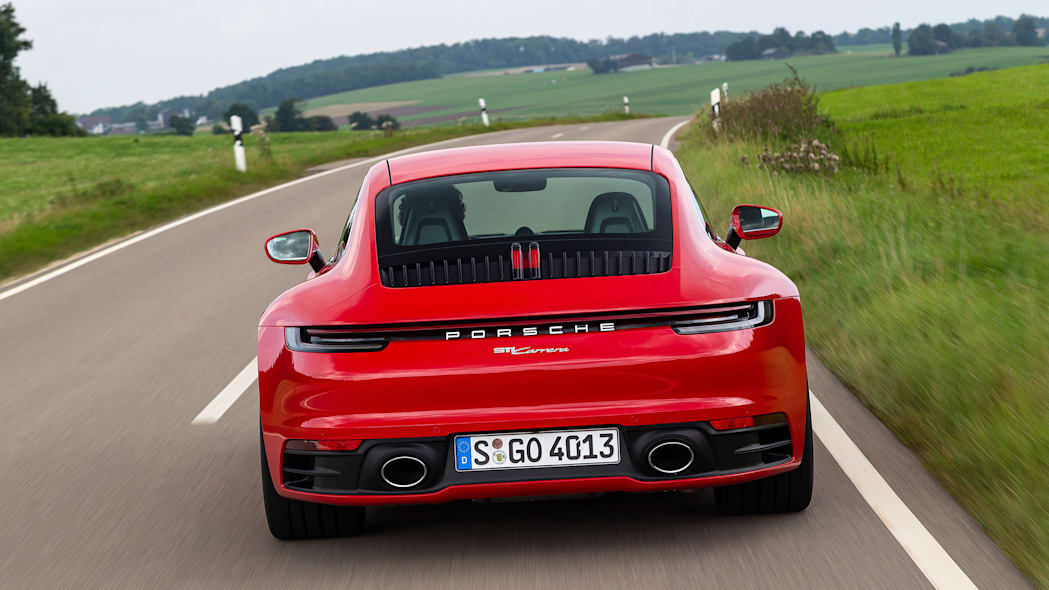2020-porsche-911-carrera-fd-red-07