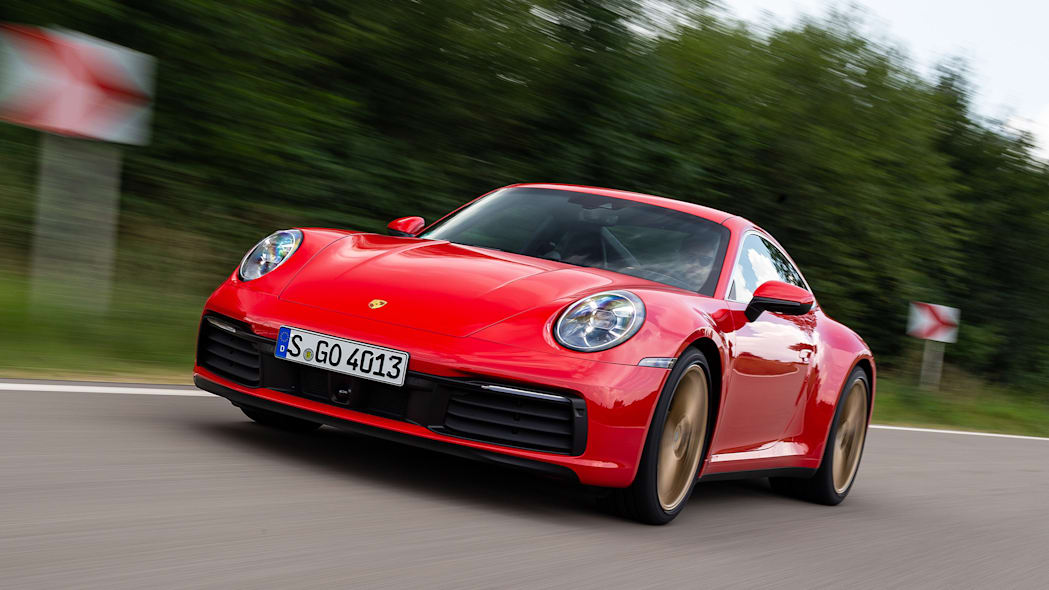 2020-porsche-911-carrera-fd-red-08