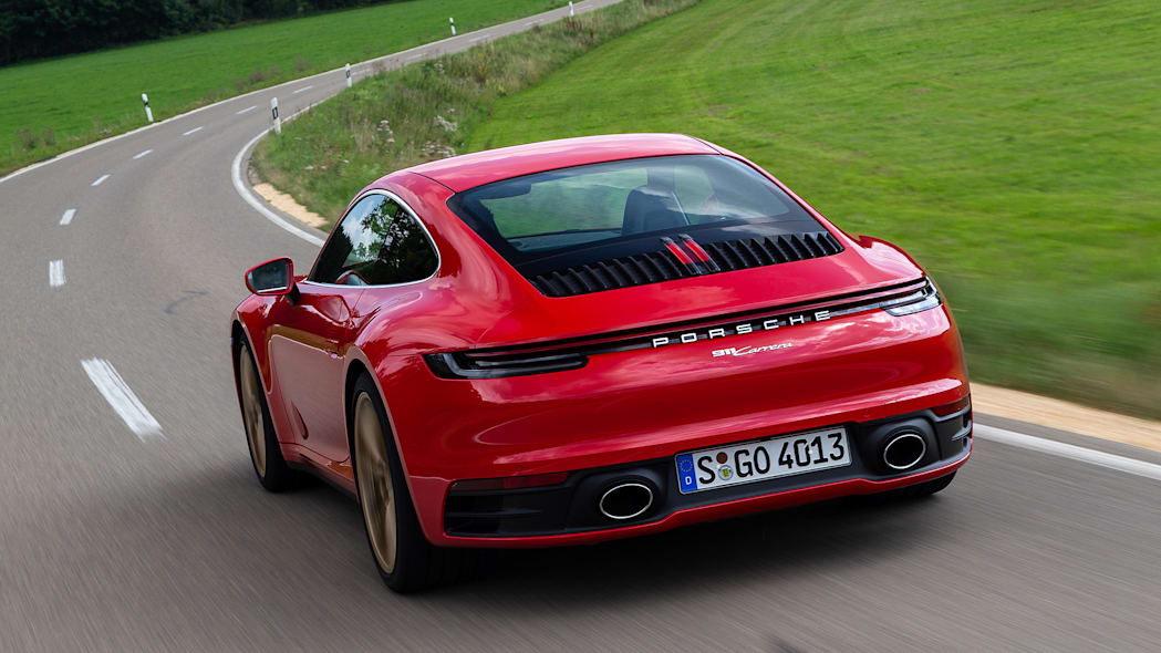 2020-porsche-911-carrera-fd-red-09