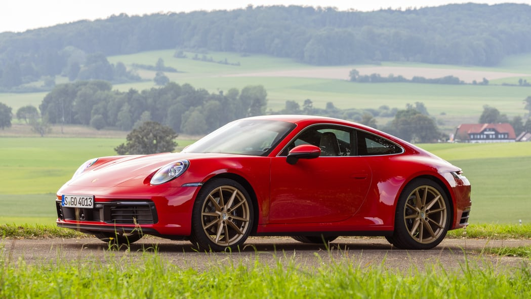 2020-porsche-911-carrera-fd-red-16