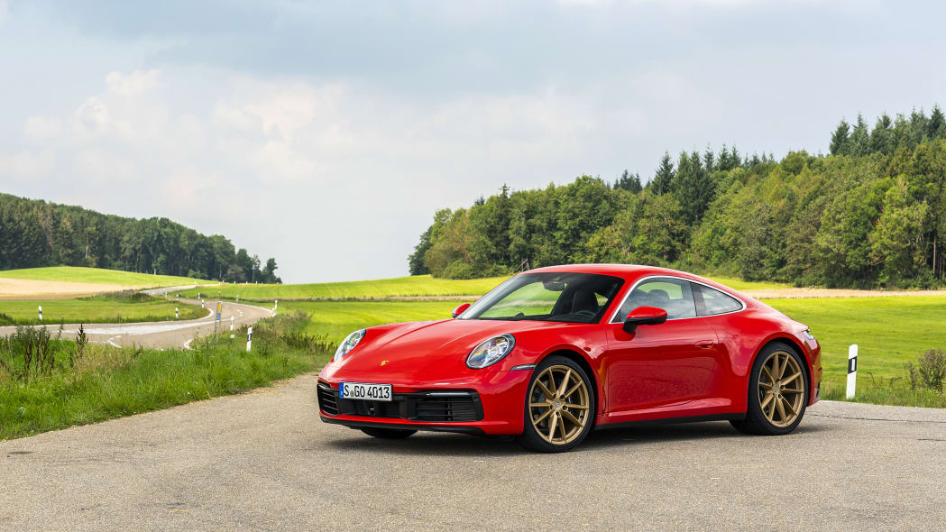 2020-porsche-911-carrera-fd-red-18