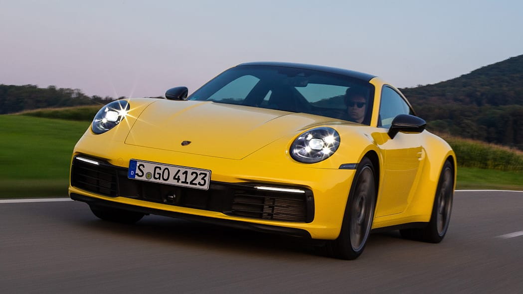 2020-porsche-911-carrera-fd-yellow-32