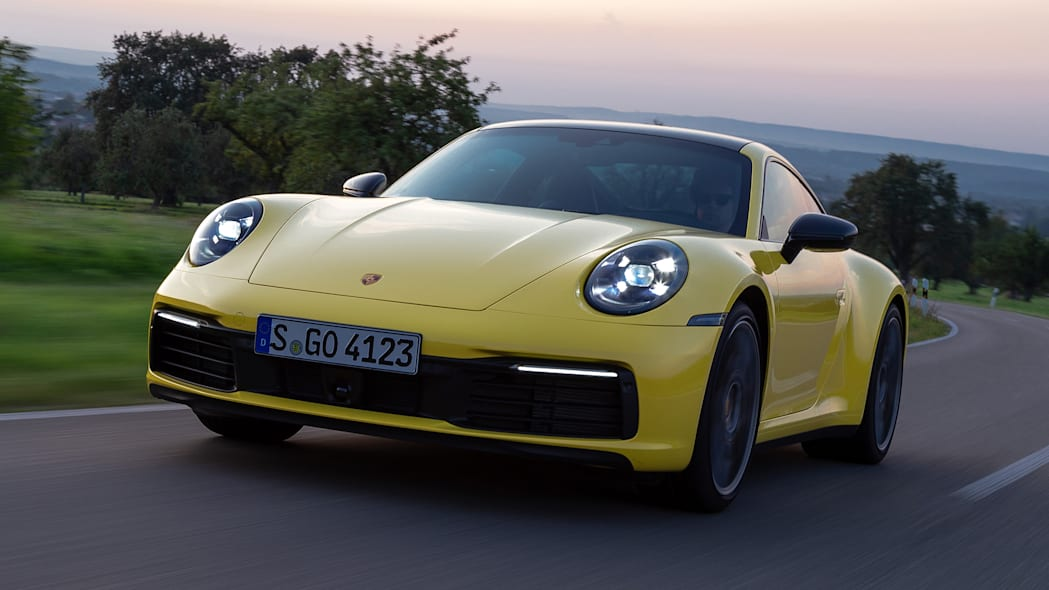 2020-porsche-911-carrera-fd-yellow-34
