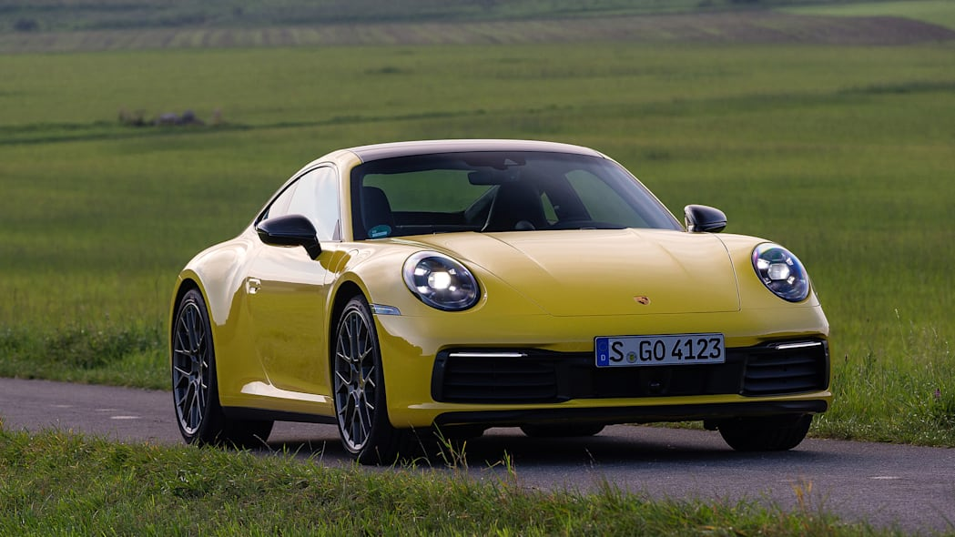 2020-porsche-911-carrera-fd-yellow-46