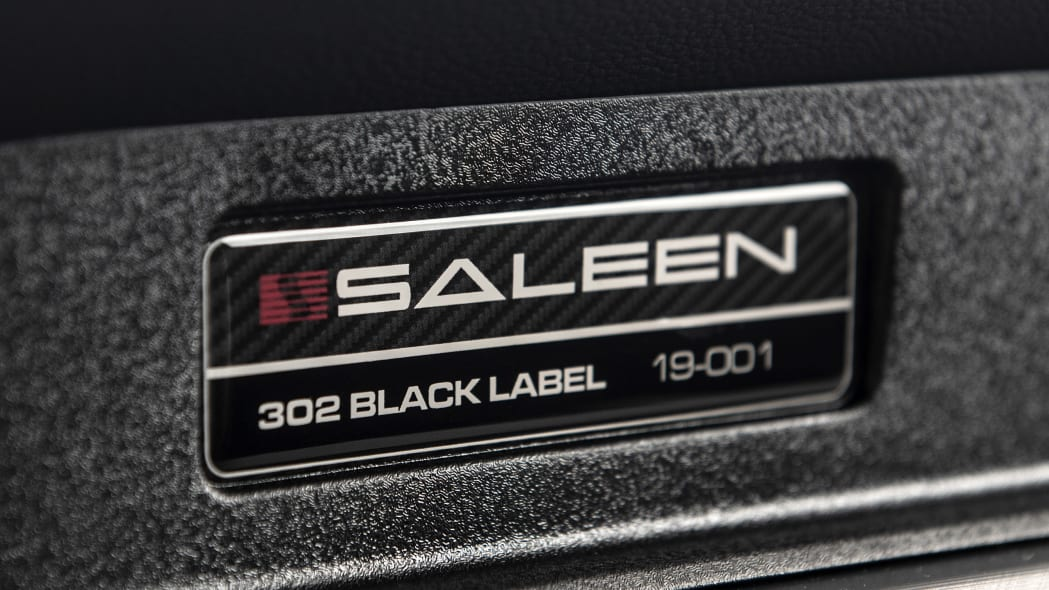 2019-saleen-mustang-s302-black-label-review-35