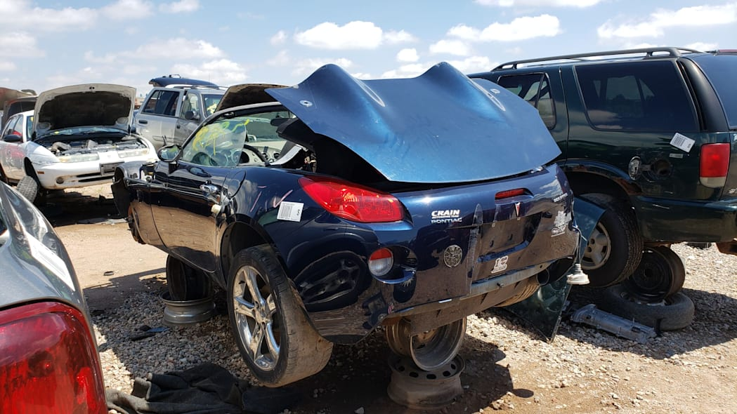 31 - 2006 Pontiac Solstice in Colorado wrecking yard - photo by Murilee Martin