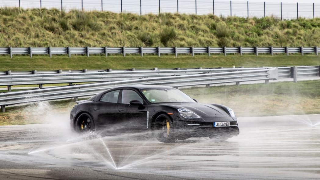 Porsche_Taycan_Workshop_PECATL_141