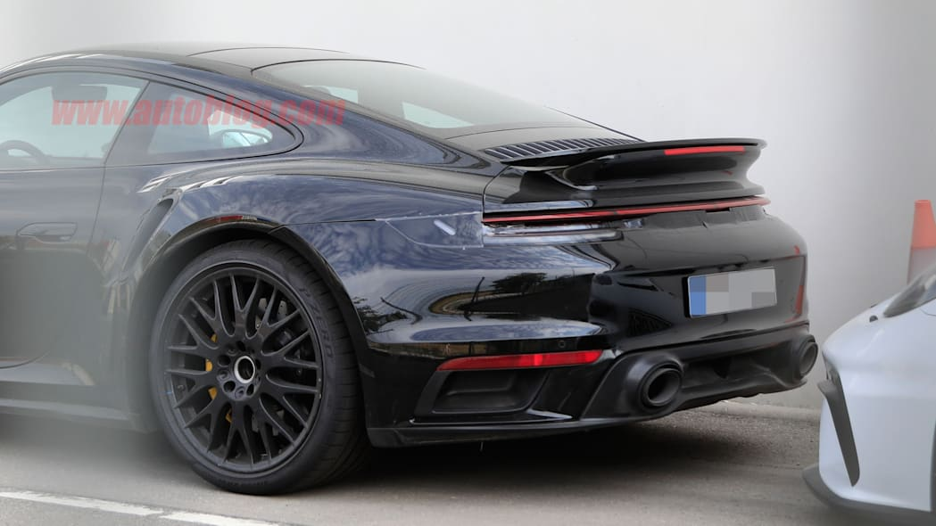 Porsche 911 Turbo spied