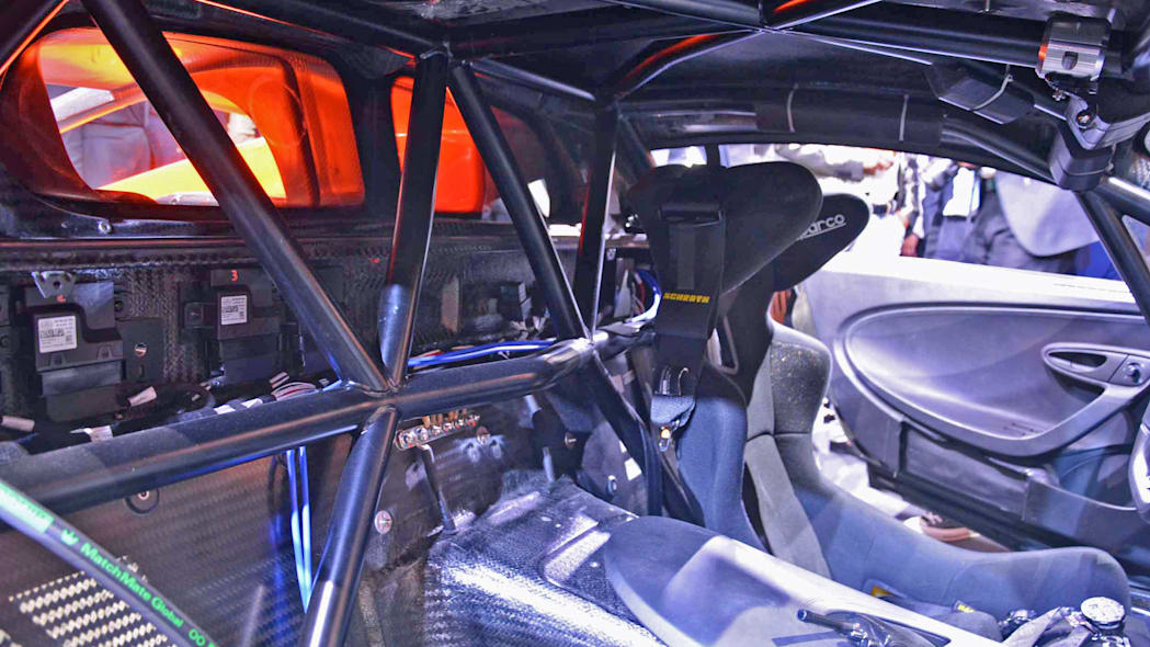 rg-bugatti-chiron-ss-300-plus-15