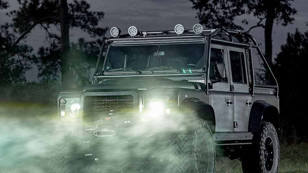 2019 Land Rover Defender Spectre by Himalaya (7)