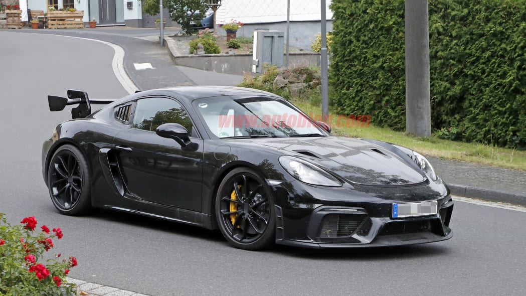Porsche 718 Cayman GT4 RS in camouflage