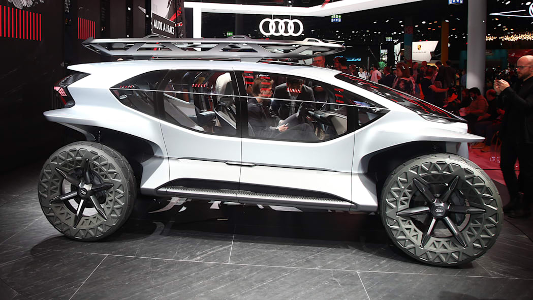 Third Place: Audi AI:Trail Quattro (37 Points)