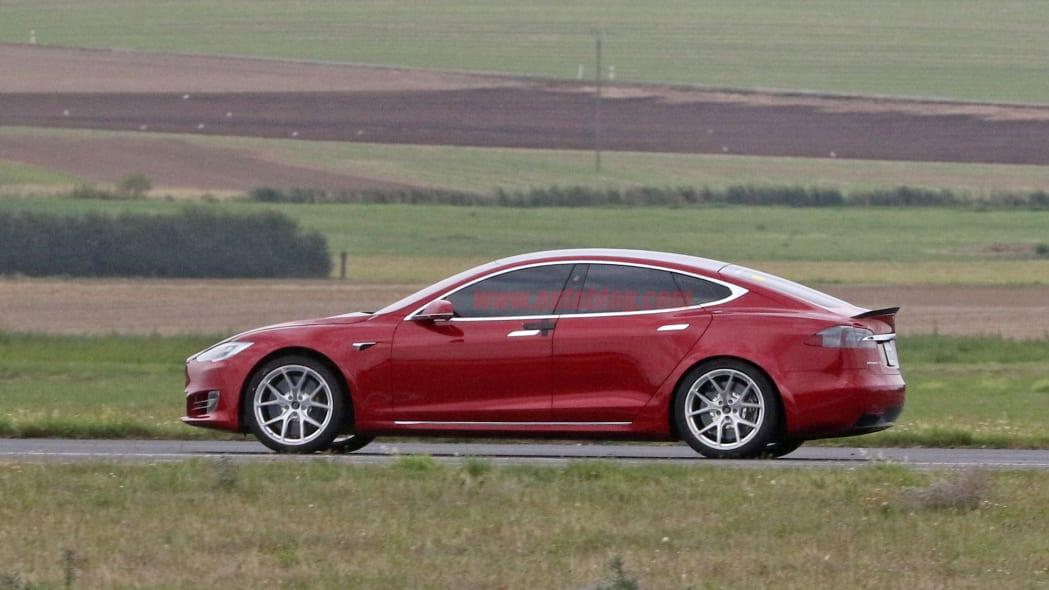 Tesla Model S Nürburgring preparation 2