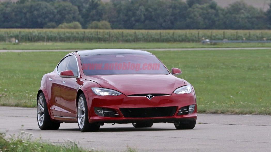 Tesla Model S Nürburgring preparation 5