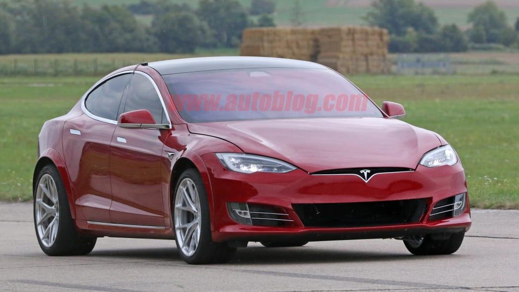 Tesla Model S Nürburgring preparation 6