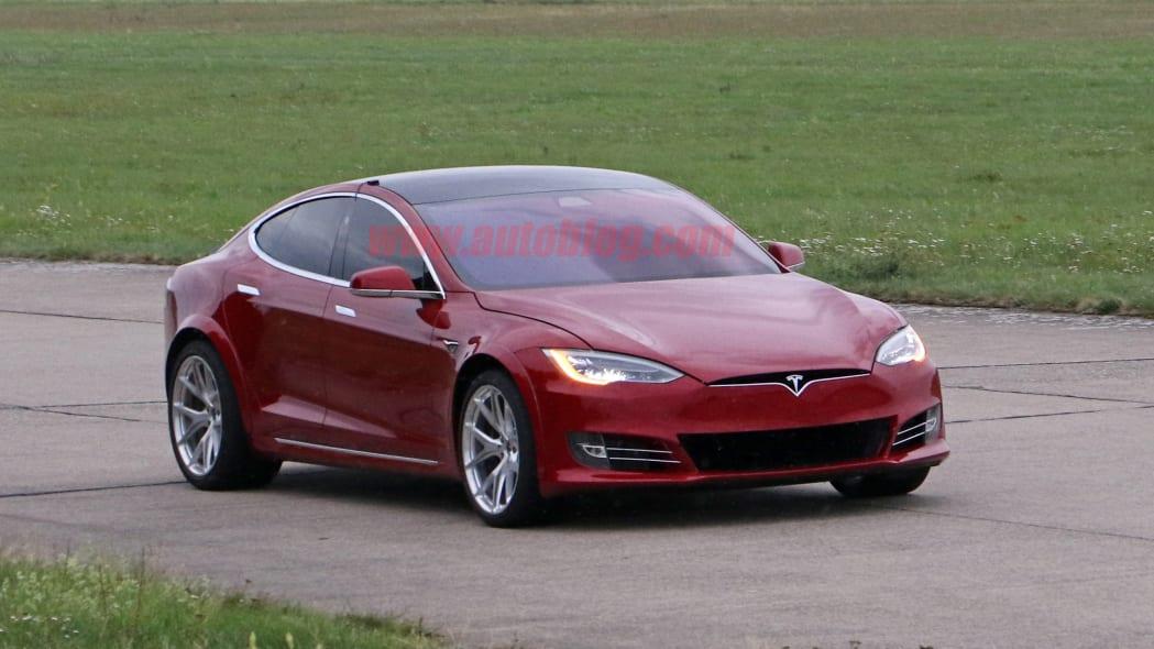 Tesla Model S Nürburgring preparation 10