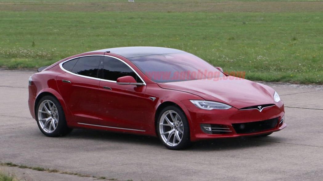 Tesla Model S Nürburgring preparation 11
