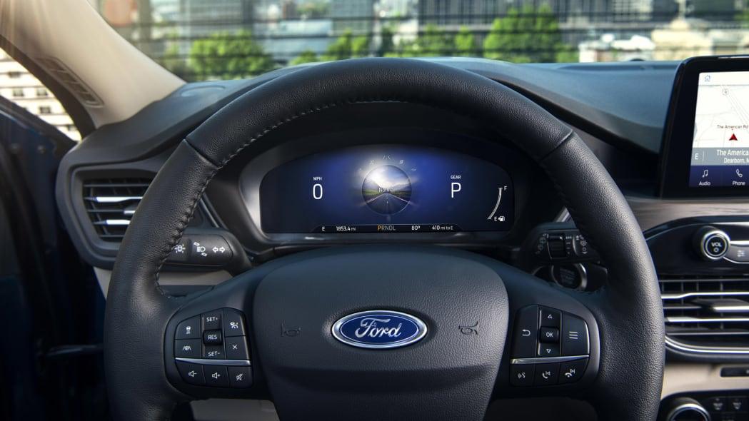 2020-ford-escape-ip1