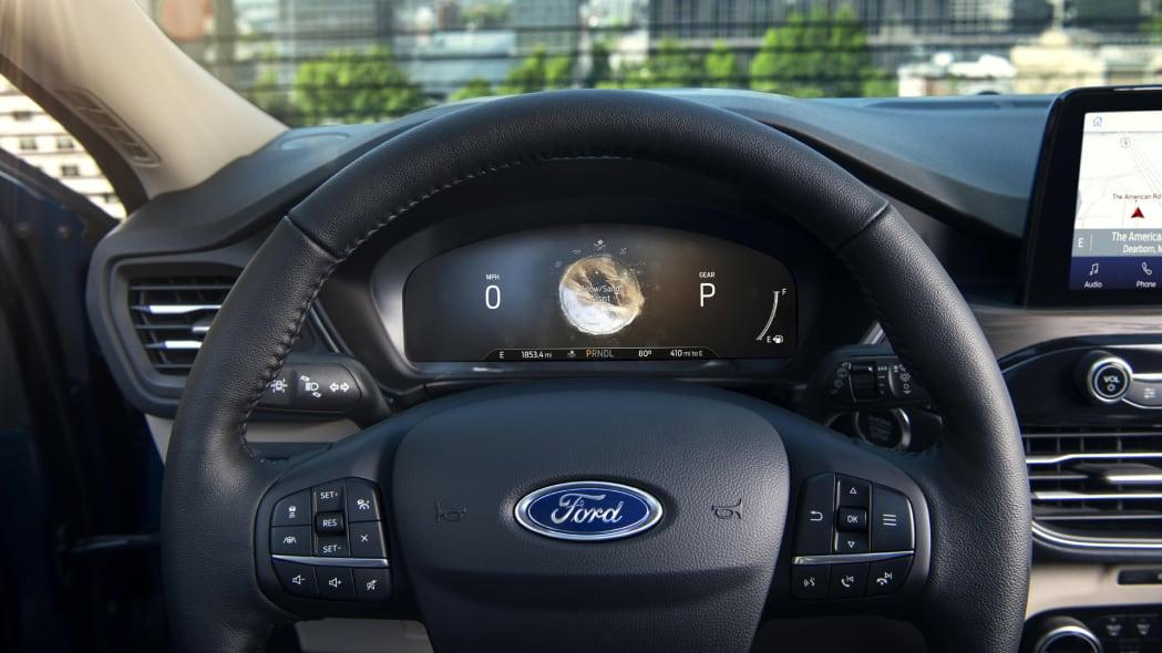 2020-ford-escape-ip-4