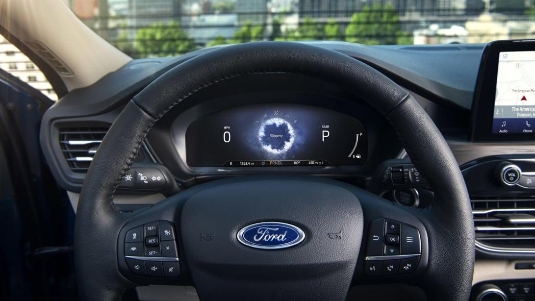 2020-ford-escape-ip-5