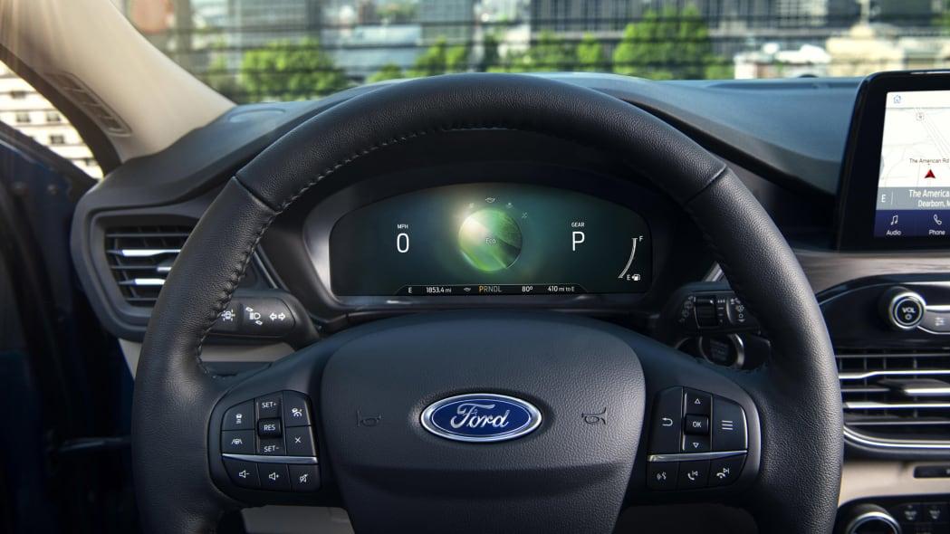 2020-ford-escape-ip-7