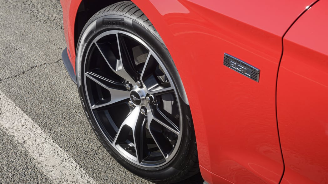 ford-mustang-ecoboost-hpp-cnv-wheel-1
