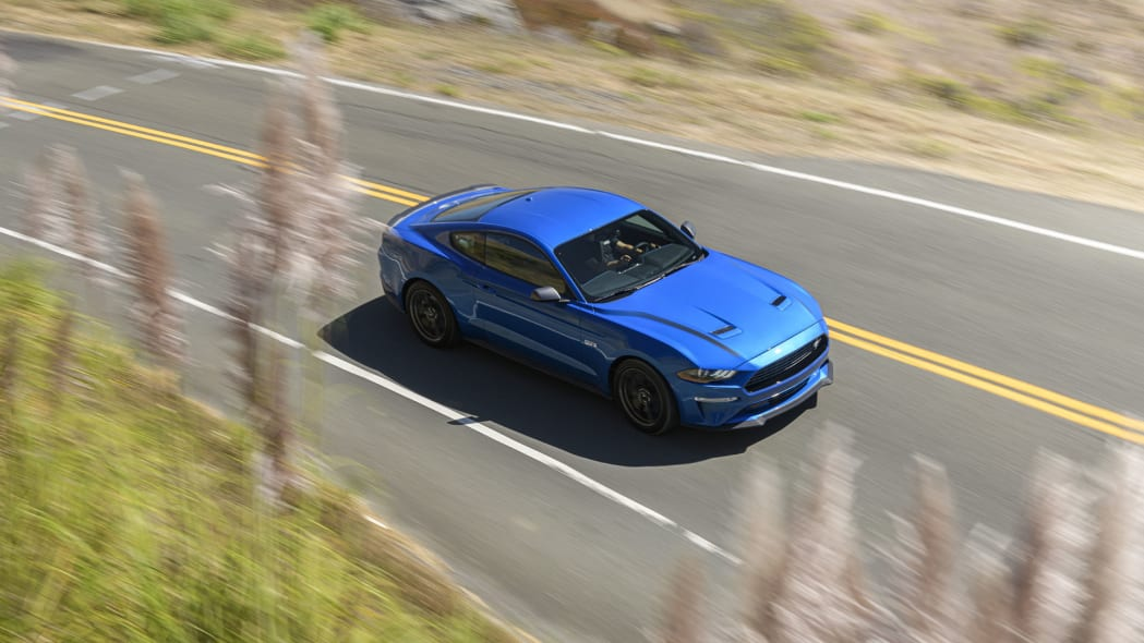 ford-mustang-ecoboost-hpp-cpe-top-1