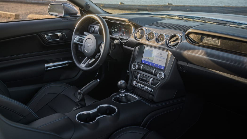 ford-mustang-ecoboost-hpp-dash-1