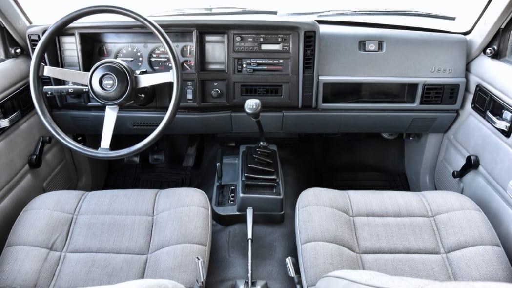1993_jeep_cherokee_1567175692f98764da82