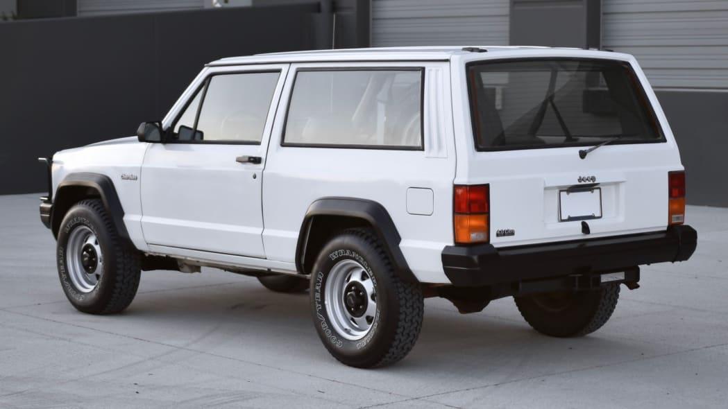 1993_jeep_cherokee_15671760518495d565ef629