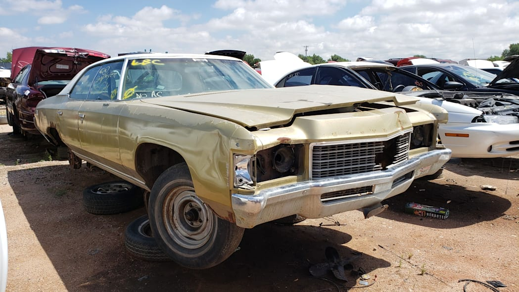 45 - 1971 Chevrolet Impala in Colorado wrecking yard - photo by Murilee Martin