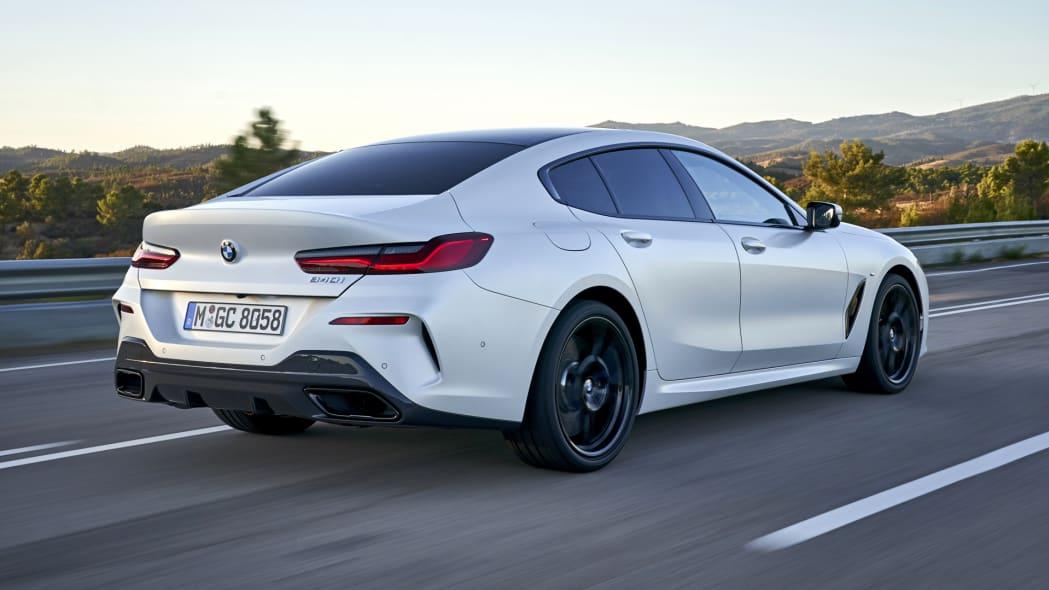BMW_840i_GranCoupe_act-r34-3