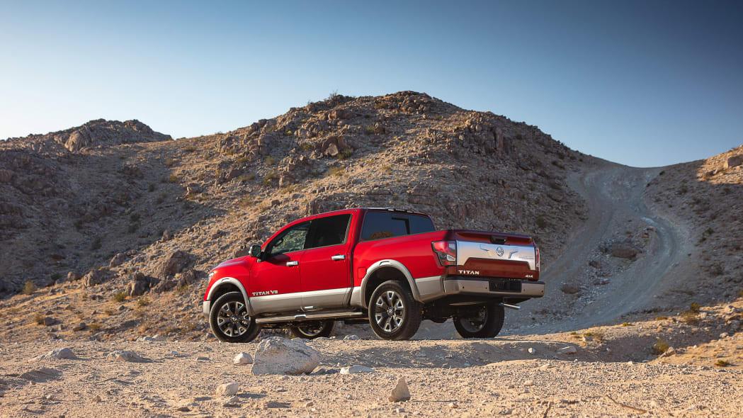 2020 Nissan TITAN Platinum Reserve-2