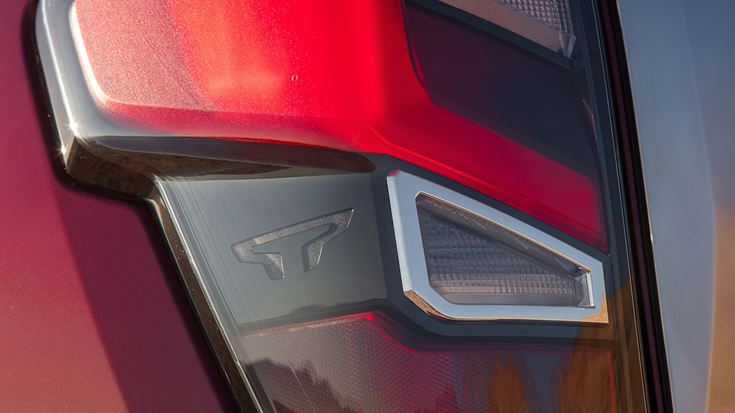 2020 Nissan TITAN Platinum Reserve-3