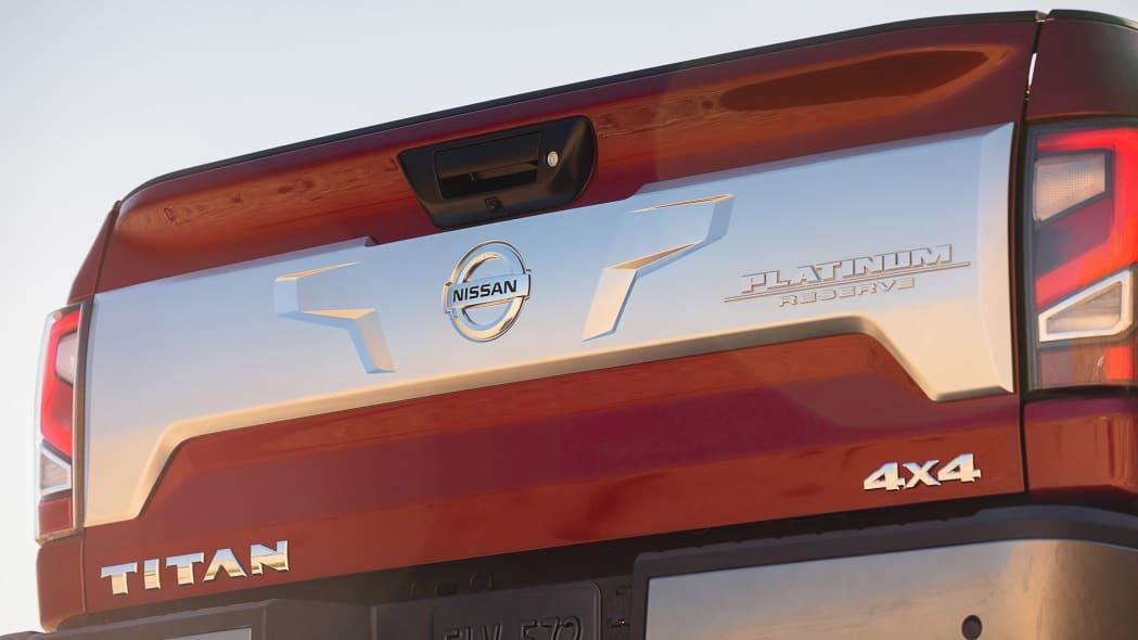 2020 Nissan TITAN Platinum Reserve-5