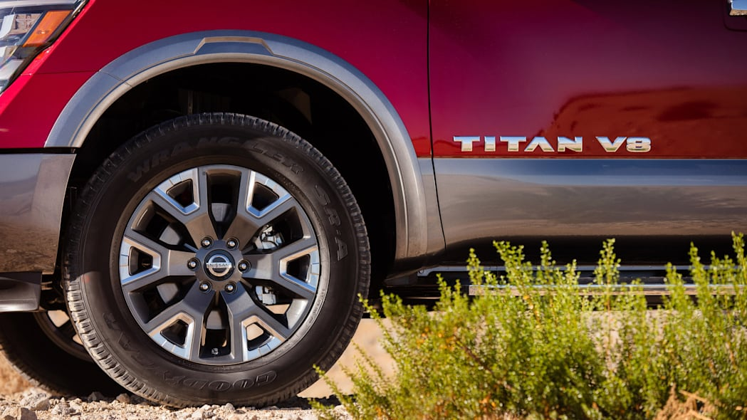 2020 Nissan TITAN Platinum Reserve-7