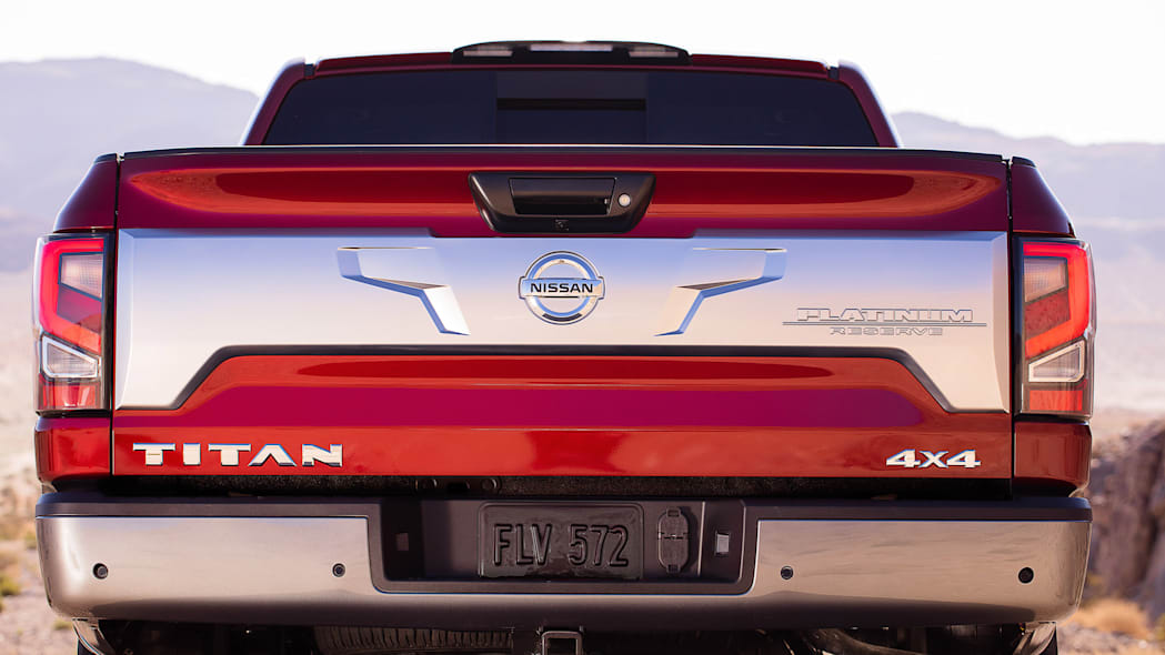 2020 Nissan TITAN Platinum Reserve-10