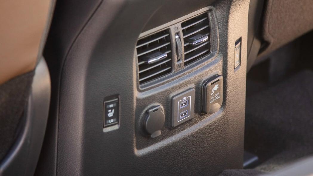 2020 Nissan TITAN Platinum Reserve-14