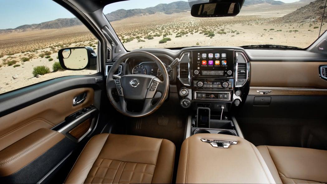 2020 Nissan TITAN Platinum Reserve-15