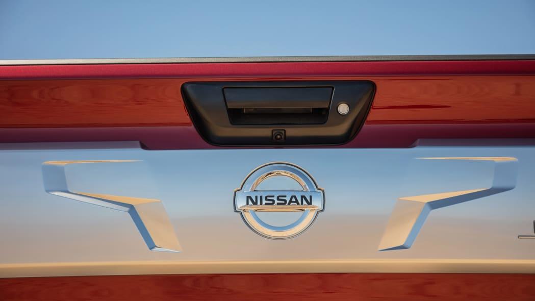 2020 Nissan TITAN Platinum Reserve-21