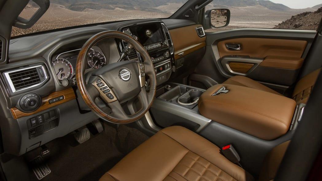 2020 Nissan TITAN Platinum Reserve-23