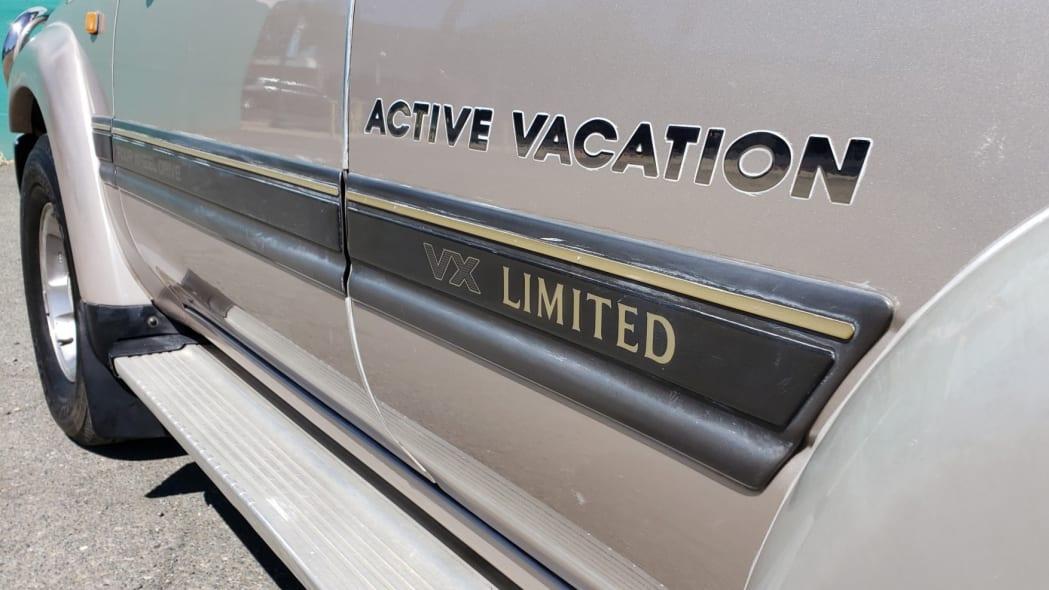 1993_toyota_land_cruiser_hzj81_vx_limited_active_vacation_156635784898764da20190818_143858