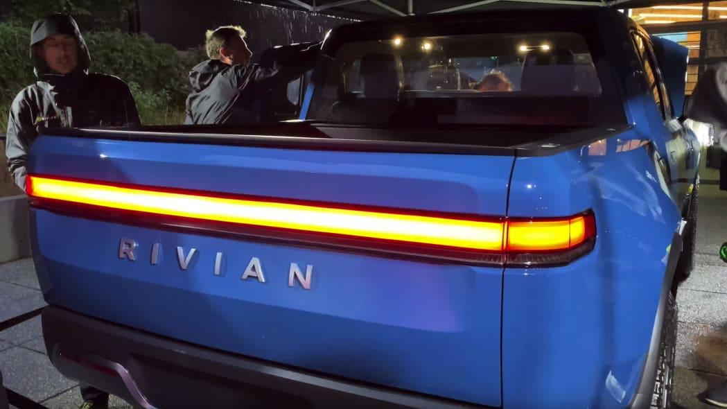 Rivian R1T in blue