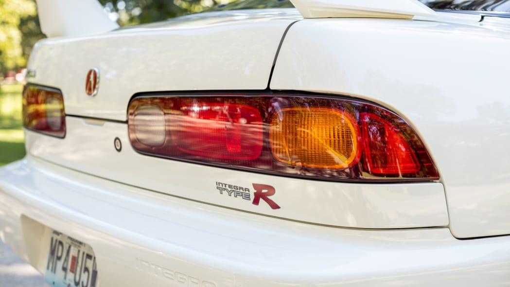 1997 Acura Integra Type R-8fed-4dd7-b312-ec70bbd1aba7-h4HqEj
