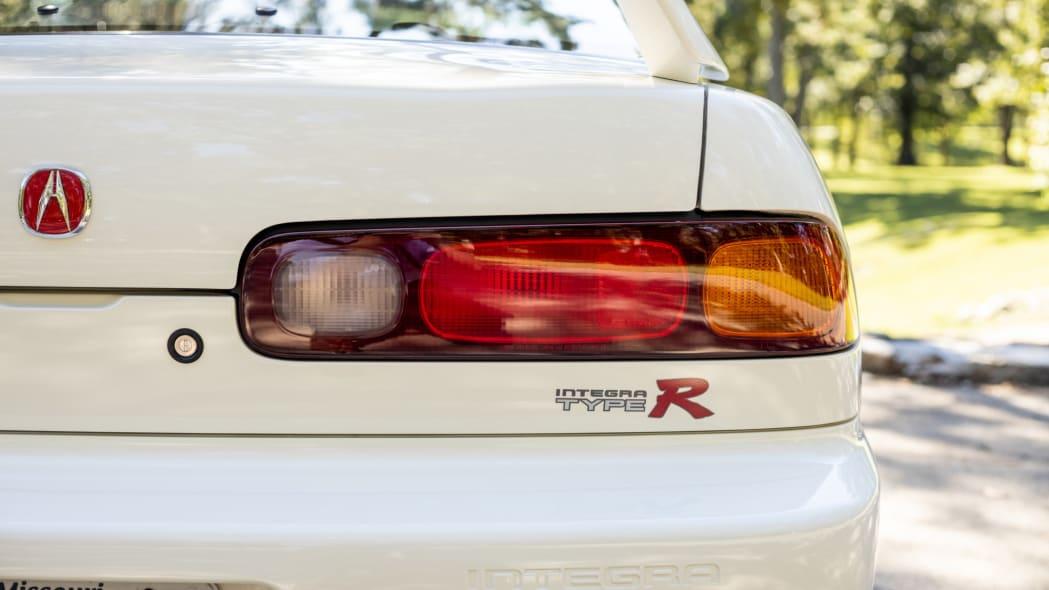 1997 Acura Integra Type R-63ab-4ed8-b67c-73c3c46ee233-syFOiK