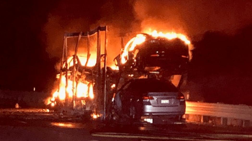 Trailer-load of Teslas burns in Nevada